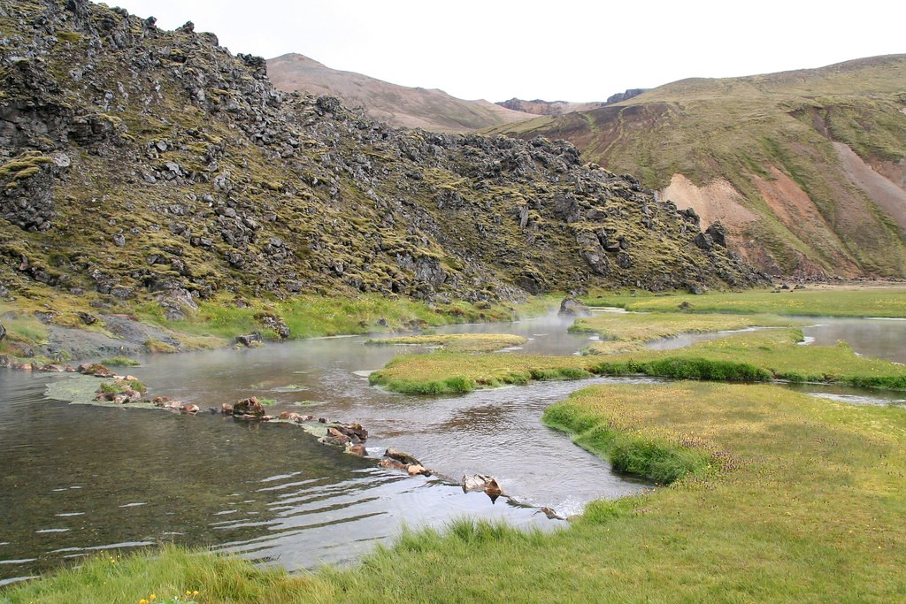 picture of Landmannalaugar hot waters in iceland